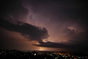 lightning in kununurra